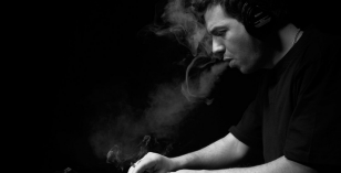 Phil Weeks – Le Visiteur Featured Artist & DJ Mix