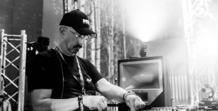 John Morales – Le Visiteur Featured Artist