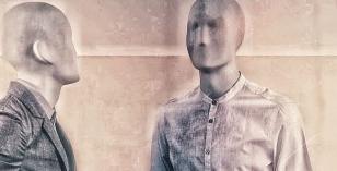 Manakinz – Le Visiteur Featured Artist